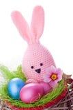 Coelhinho da Páscoa feito a mão cor-de-rosa fotografia de stock