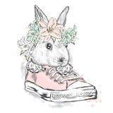 Coelho bonito em uma grinalda da flor Lebre que senta-se nas sapatilhas Vector a ilustração para o cartão, o cartaz, ou a cópia n ilustração stock