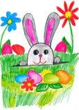 Coelho da Páscoa no prado da grama verde com ovos e vegetais, conceito do feriado, estação de mola, desenho da criança no papel Imagens de Stock