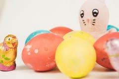 Coelho de Easter com ovos de Easter Fotografia de Stock
