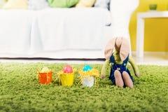 Coelho de Easter e ovos de Easter Imagens de Stock