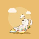 Coelho feliz do sono com ovo da páscoa, ilustração do vetor Imagens de Stock Royalty Free