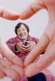 Coeur affectueux et les personnes âgées Image libre de droits