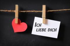 Coeur avec accrocher d'affiche de dich de liebe d'ich Image libre de droits