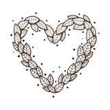 Coeur avec des feuilles et des fleurs Image libre de droits