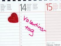 Coeur avec la Saint-Valentin de note de calendrier Image libre de droits