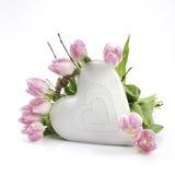 Coeur blanc avec des fleurs Images libres de droits