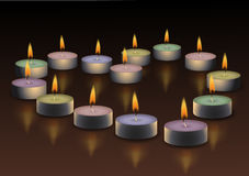 Coeur Bougies brûlantes Images stock
