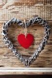 Coeur Coeur en bois de Peter et fond en bois Photo stock