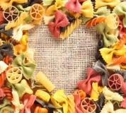 Coeur coloré de pâtes de beauté Photo stock