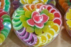 Coeur coloré par sucrerie Photographie stock libre de droits