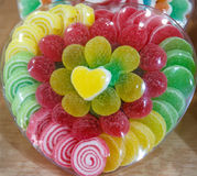 Coeur coloré par sucrerie Photo stock