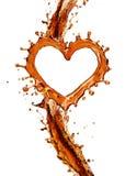 Coeur d'éclaboussure de kola avec des bulles d'isolement sur le blanc Photos libres de droits