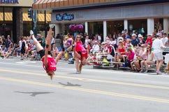 COEUR D ALENE, IDAHO 6-4-2014: 4o da parada de julho no d do centro Alene de Coeur; Tropa da dança das mulheres Foto de Stock Royalty Free