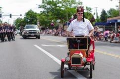 COEUR D ALENE, IDAHO 6-4-2014: 4to del desfile de julio en el d céntrico Alene de Coeur; Tropa de la danza de las mujeres Foto de archivo libre de regalías