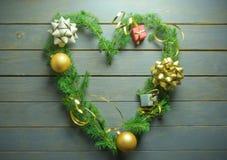 Coeur d'amour d'arbre de Noël Image libre de droits