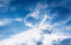 Coeur d'amour de nuage Image libre de droits