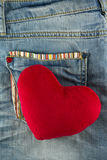Coeur d'amour sur la poche de jeans Photo stock