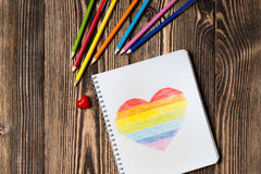 Coeur d'arc-en-ciel de dessin Photo stock