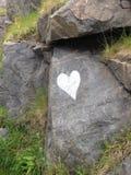 Coeur dans la roche Photographie stock libre de droits
