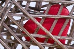 Coeur dans le concept créatif de jour de Valentine s de cage Photos stock