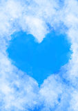 Coeur dans les nuages Images stock