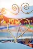 Coeur de beauté Vintage et moderne lumineux (contemporain) au même arrière-plan de temps Photographie stock