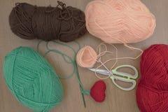 Coeur de crochet de décorations de crochet de Valentine Photo stock