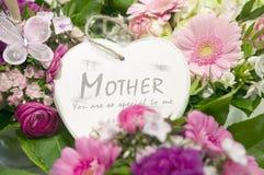 Coeur de jour de mères Photos stock