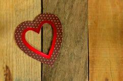 Coeur de jour de valentines sur le fond en bois de palette Photo stock