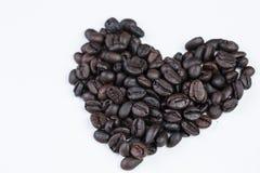 Coeur de l'amour avec du café de tasse Images libres de droits