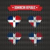 Coeur de la République Dominicaine avec le drapeau à l'intérieur Symboles graphiques grunges de vecteur illustration stock