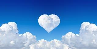 Coeur de nuage Photo libre de droits