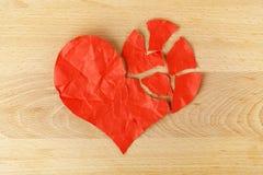 Coeur de papier déchiré Photos libres de droits