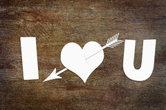 Coeur de papier percé par une flèche Photo stock