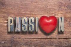 Coeur de passion en bois images libres de droits