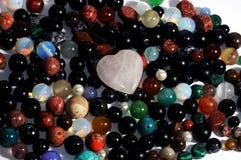 Coeur de pierres gemmes Photo stock