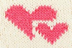 Coeur de rouge du Knit deux Photos stock