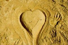 Coeur de sable photo libre de droits