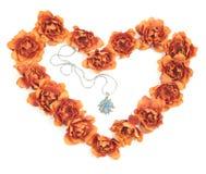 Coeur de Valentine avec le cadeau Photographie stock libre de droits