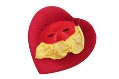 Coeur de Valentine avec le masque de cru d'isolement photo libre de droits