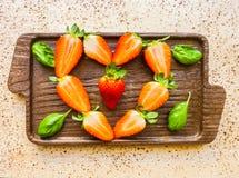 Coeur des fraises Images stock