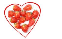 Coeur des fraises sur le blanc Photo libre de droits