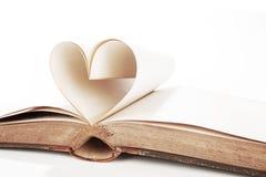 Coeur des pages de livre Photographie stock