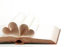 Coeur des pages de livre Photos libres de droits