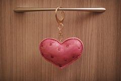 Coeur en cuir rouge Photo stock