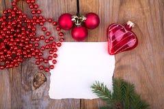 Coeur en verre de whith de carte de voeux de Noël Image libre de droits