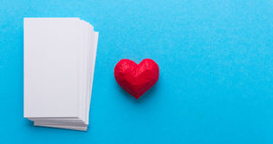 Coeur et cartes Jour du ` s de Valentine d'amour Image stock