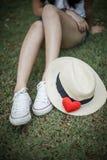 Coeur et chapeau rouges Photographie stock