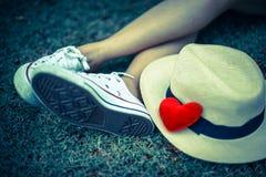 Coeur et chapeau rouges Image stock